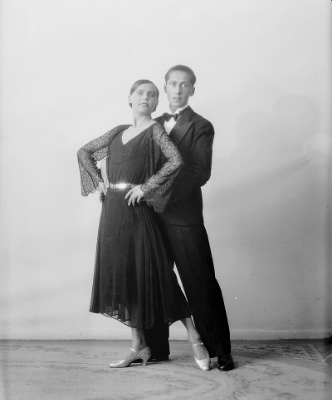 A principal and a teacher engage in the summertime two-step. Not reaaaly, these are actual ballroom dancers. Photo Credit: Peder O. Aune via  Wikimedia Commons .