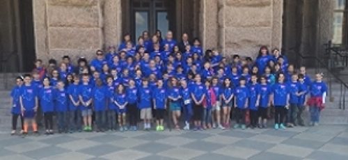 Mrs. Howen and the Brentfield 4th Grade at the State Capitol. Photo Credit: Brentfield Parent.