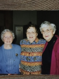 Jane, Marge and Zita...The Morris Girls. (photo credit Elize Kopczick).